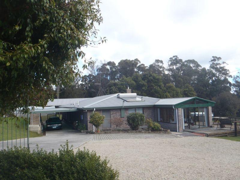 9 Swan Drive, Swan Bay TAS 7252