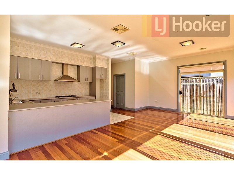 20 Golden Way, Albury NSW 2640