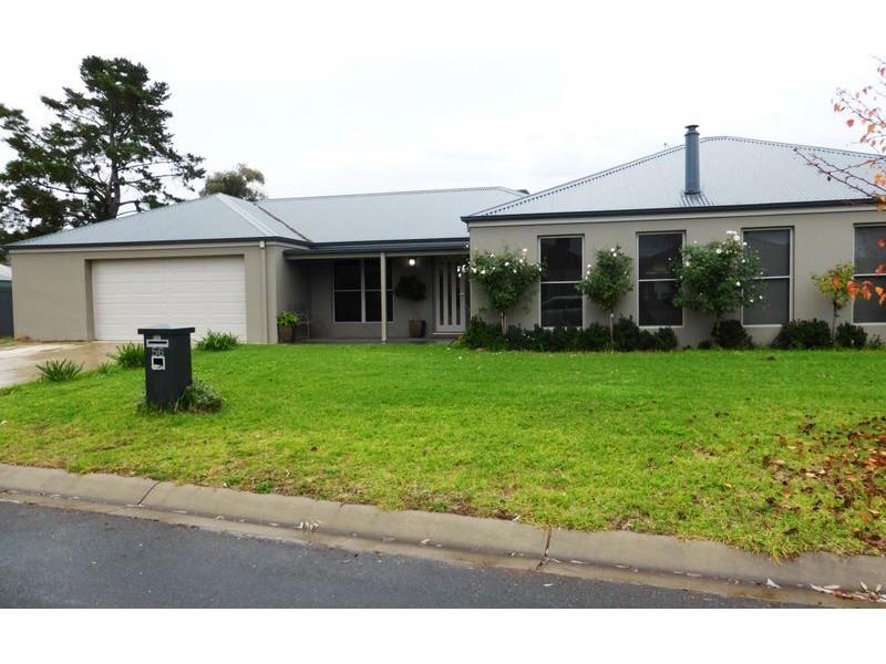 56 Champions Drive, Albury NSW 2640