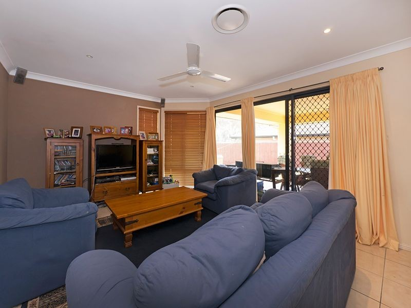 22 Yaggera Place, Bellbowrie QLD 4070
