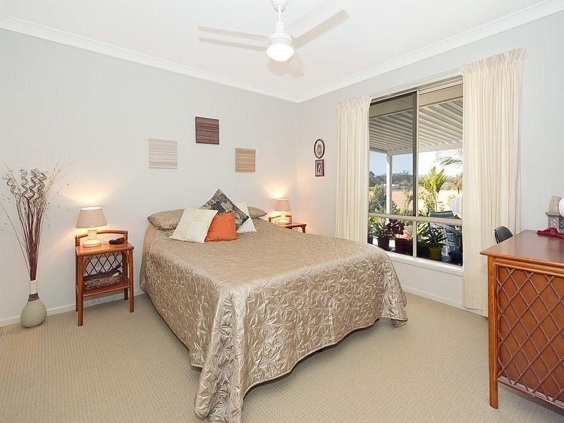 1/25 Golden Crest Place, Bellbowrie QLD 4070