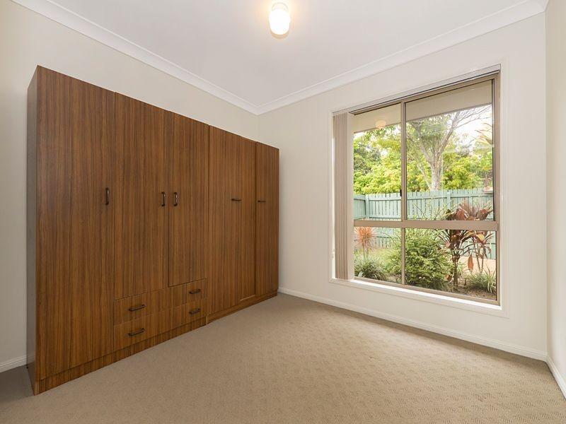 1/5 Golden Crest Place, Bellbowrie QLD 4070