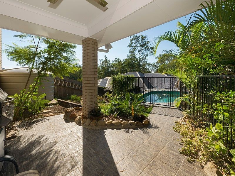 51 Lagoon Crescent, Bellbowrie QLD 4070