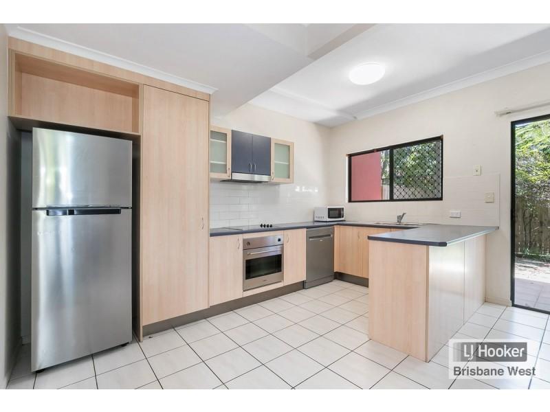 5/34 Warren Street, St Lucia QLD 4067