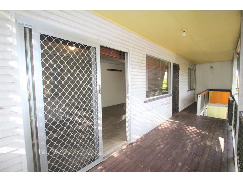 39 Vanessa Boulevard, Springwood QLD 4127