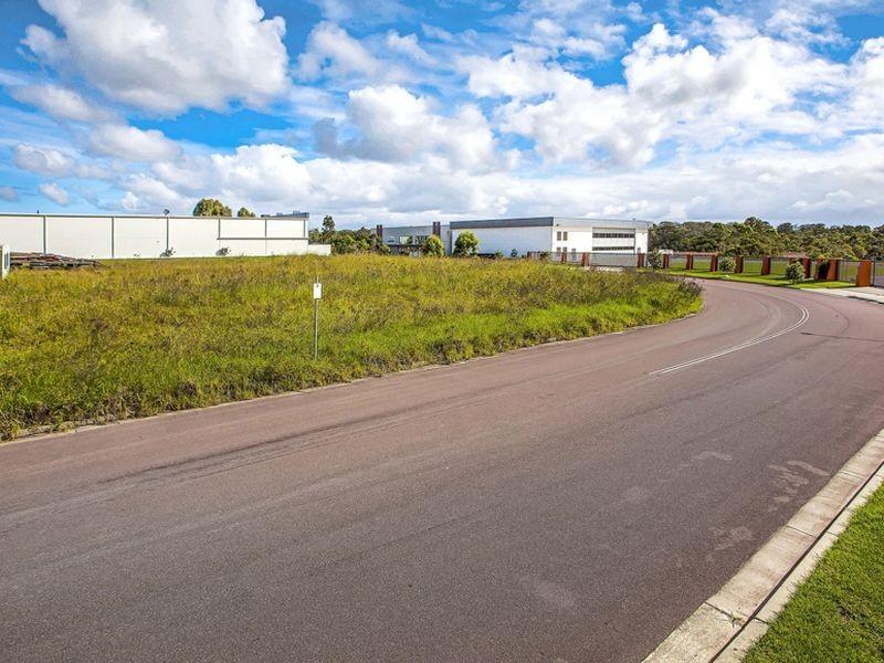 12 Amsterdam Circuit, Wyong NSW 2259