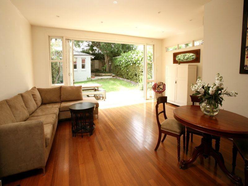 7 Harden Ave, Northbridge NSW 2063