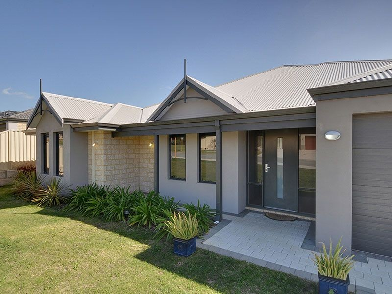 35 Baningan Avenue, Success WA 6164