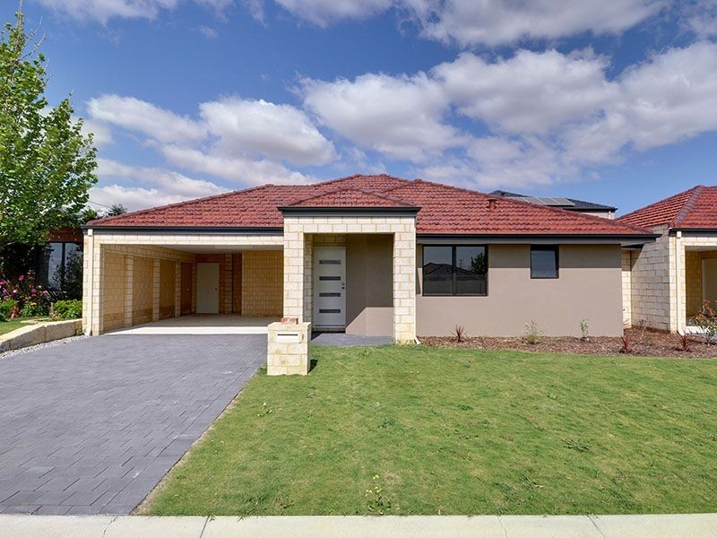 1/18 Cressida Parkway, Success WA 6164
