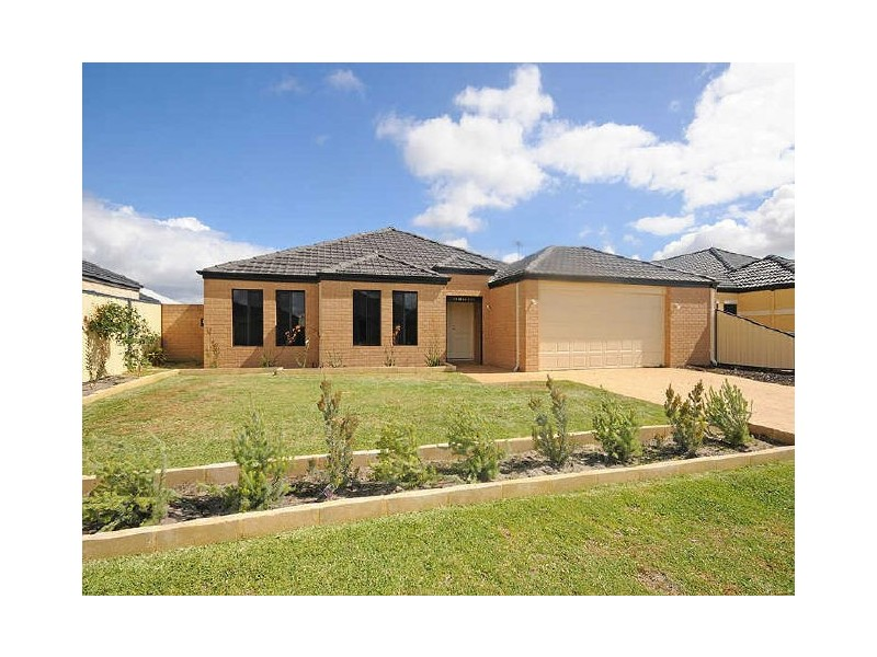 14 Beaumont Parkway, Success WA 6164