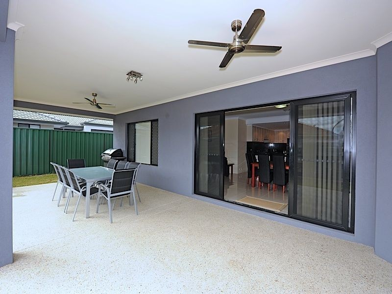 19 Wedgetail Crescent, Success WA 6164
