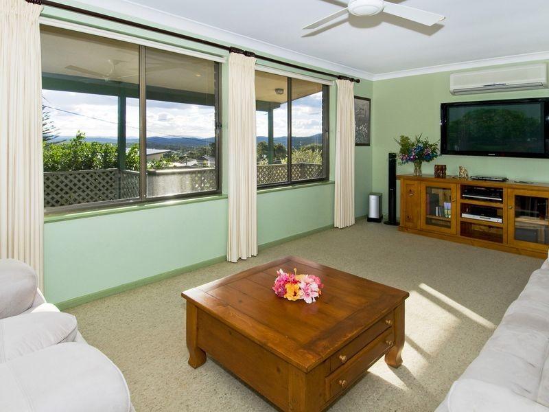 22 Bergalia Crescent, Dunbogan NSW 2443