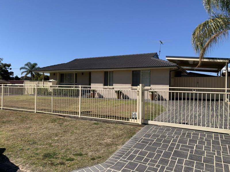 44 Henry Lawson Ave, Werrington County NSW 2747