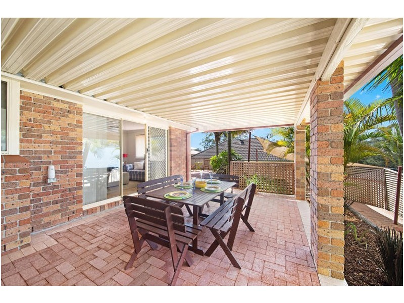 2 Meadow Road, Springfield NSW 2250