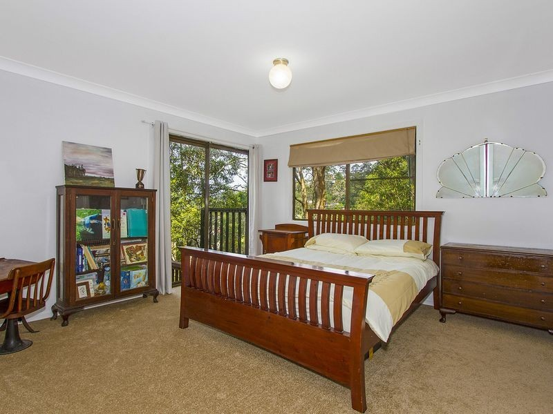 9 Shore Brace, Tascott NSW 2250