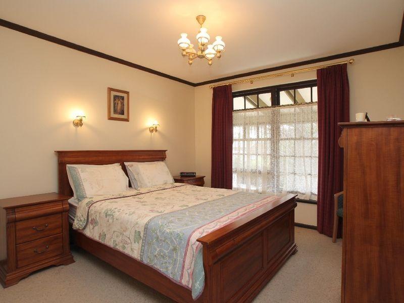 9 Woodham Court, Aberfoyle Park SA 5159