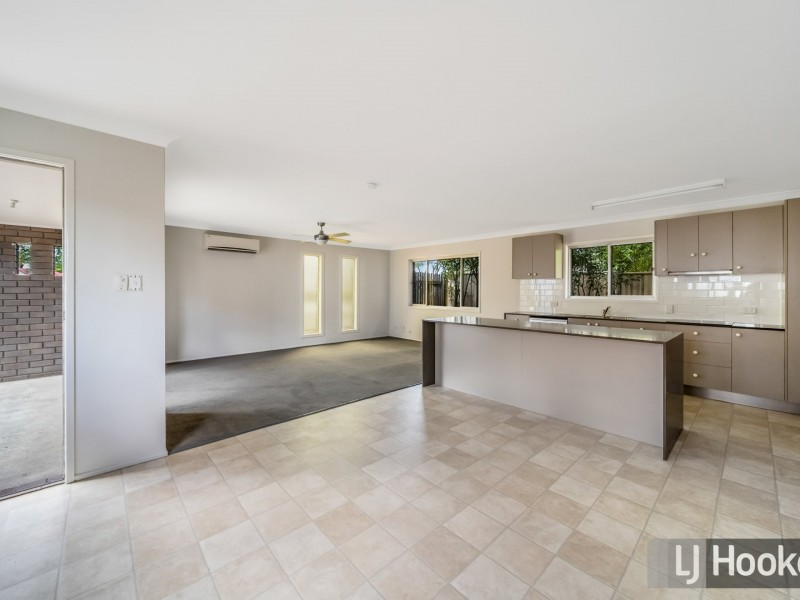 19 Rochester Drive, Mount Warren Park QLD 4207