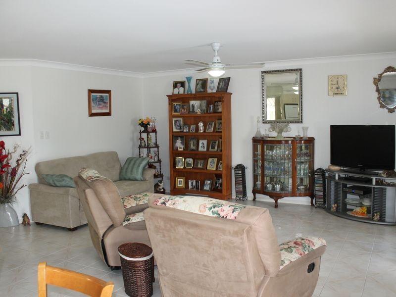 Villa 104 Sapphire Gardens 196 Logan Street, Eagleby QLD 4207