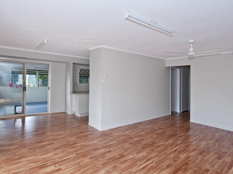 8 Burrum Court, Eagleby QLD 4207