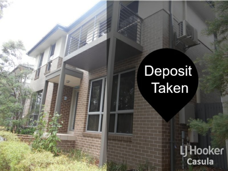 4 Bellona Walk, Glenfield NSW 2167