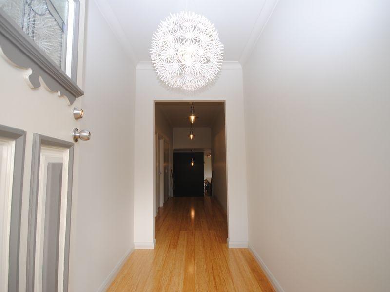 42 Villeneuve Street, Alexandra VIC 3714