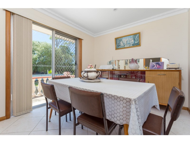 82 Smith Street, Broulee NSW 2537