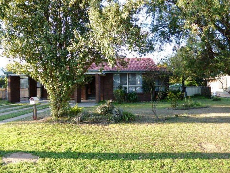 34 Howe Street, Singleton NSW 2330
