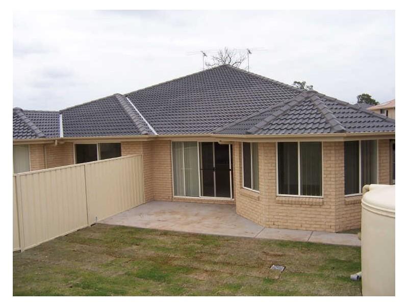 1/162 Gardner Circuit, Singleton NSW 2330