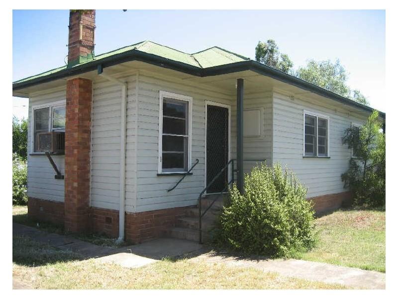 1/30 John Street, Singleton NSW 2330