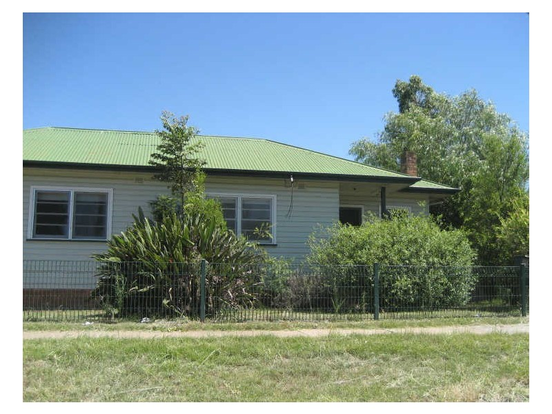 2/30 John Street, Singleton NSW 2330