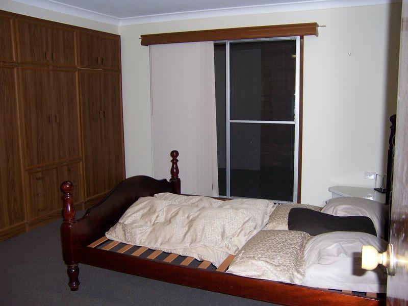 96 John St, Singleton NSW 2330