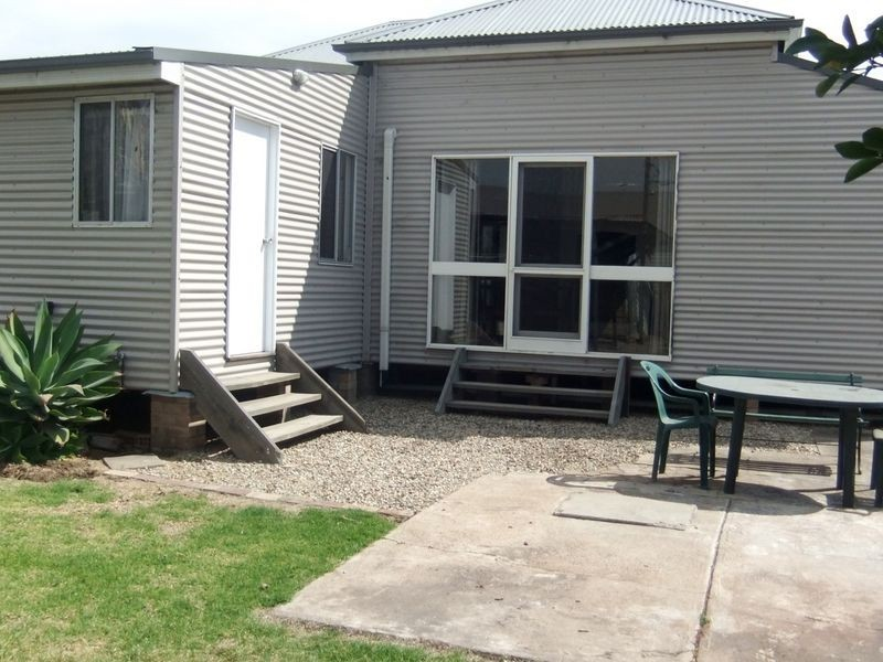 11 Frederick Street, Singleton NSW 2330