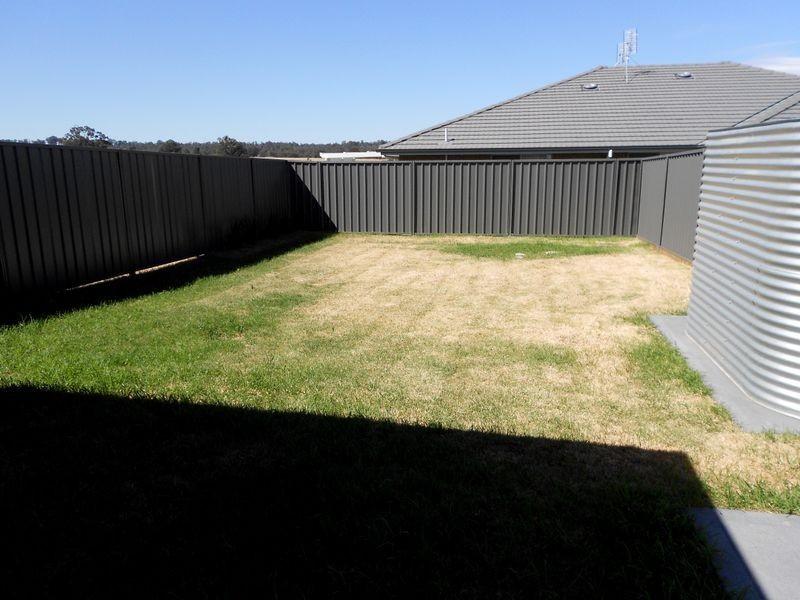 1/9 Wright Close, Singleton NSW 2330