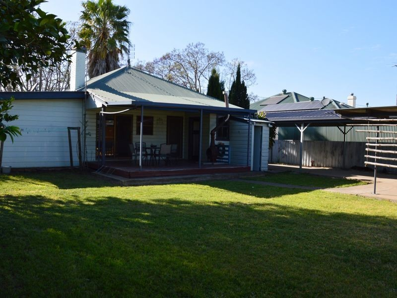 3 Rawcliffe Street, Singleton NSW 2330