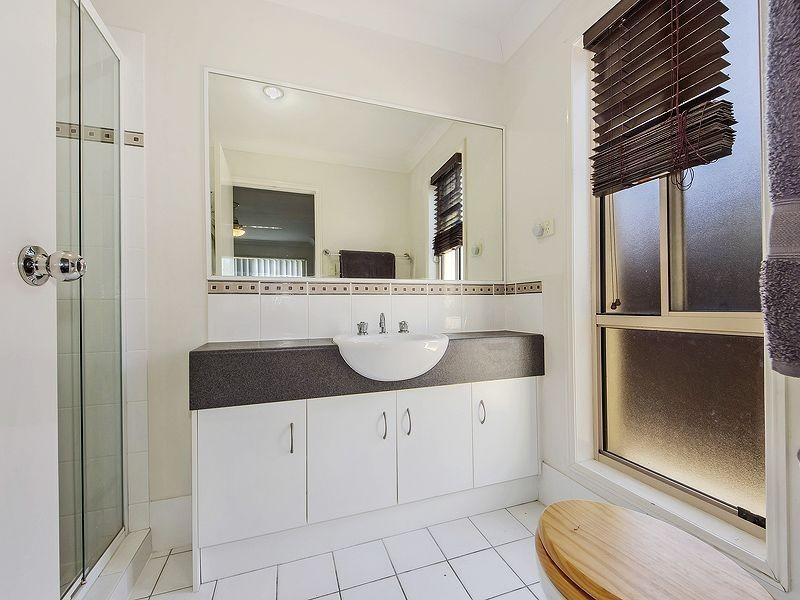 21 Nicola Way, Upper Coomera QLD 4209