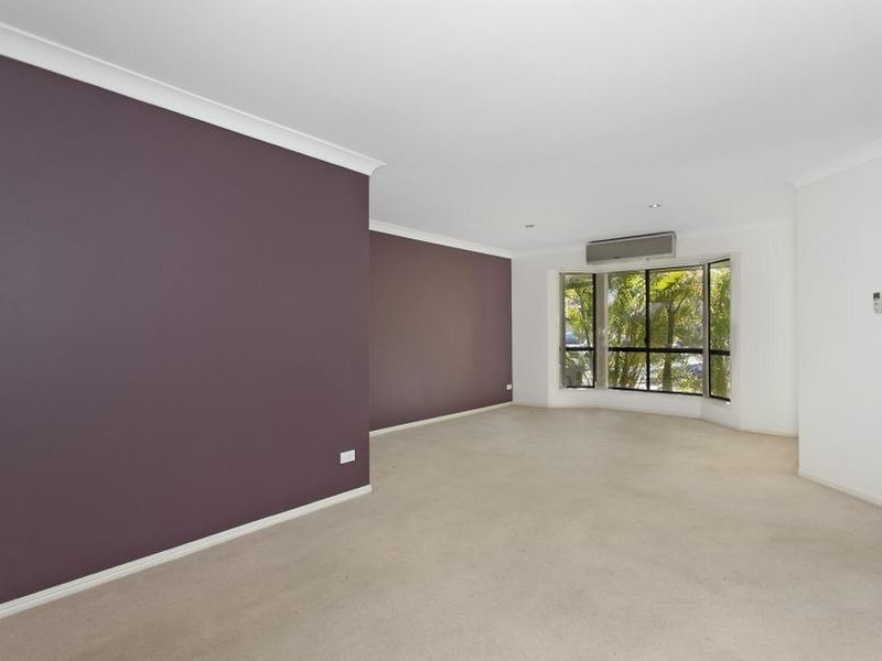 35 Maui Crescent, Oxenford QLD 4210