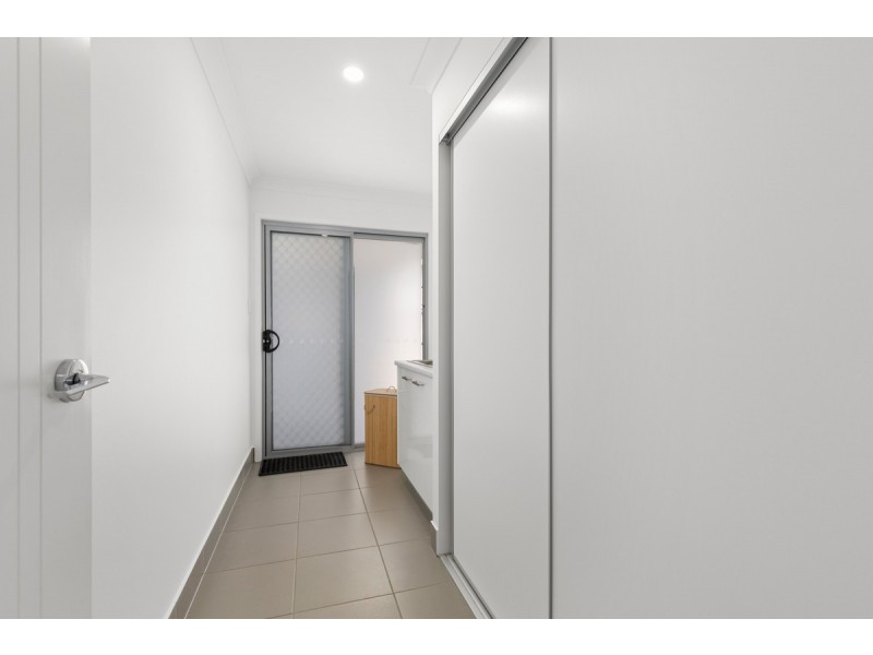 62 Azure Way, Pimpama QLD 4209