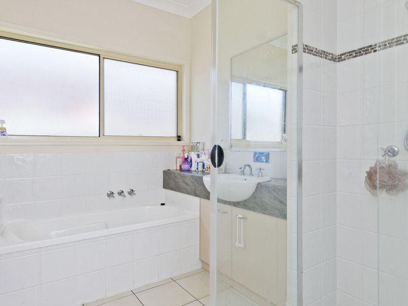 3 Firecrest Close, Upper Coomera QLD 4209