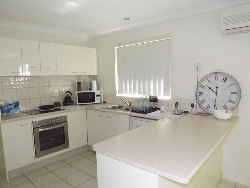 27 Sandhurst Crescent, Upper Coomera QLD 4209