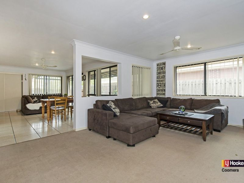 8 Dean Court, Upper Coomera QLD 4209