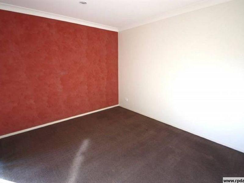 10 Cessna Street, Upper Coomera QLD 4209