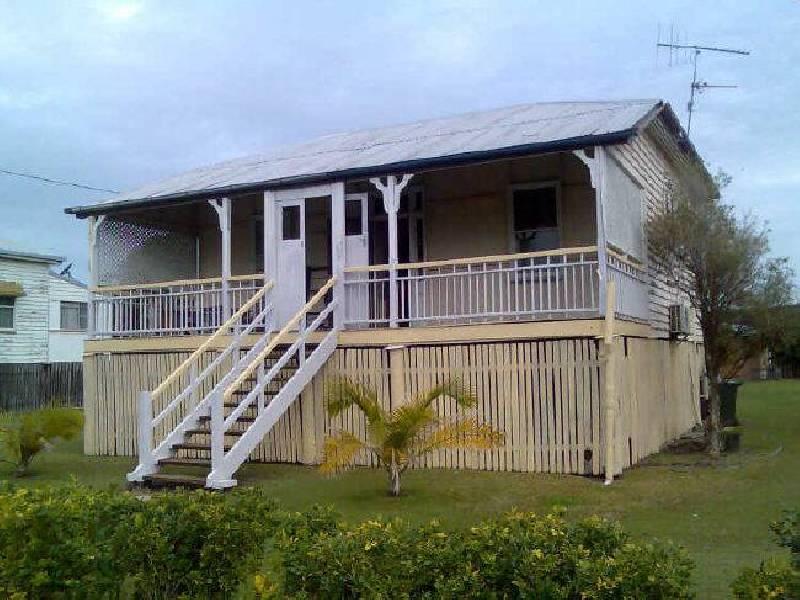 8 Rowland Street, Abbotsford QLD 4670