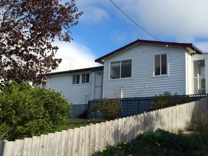 6 Winter Avenue, Acton TAS 7320