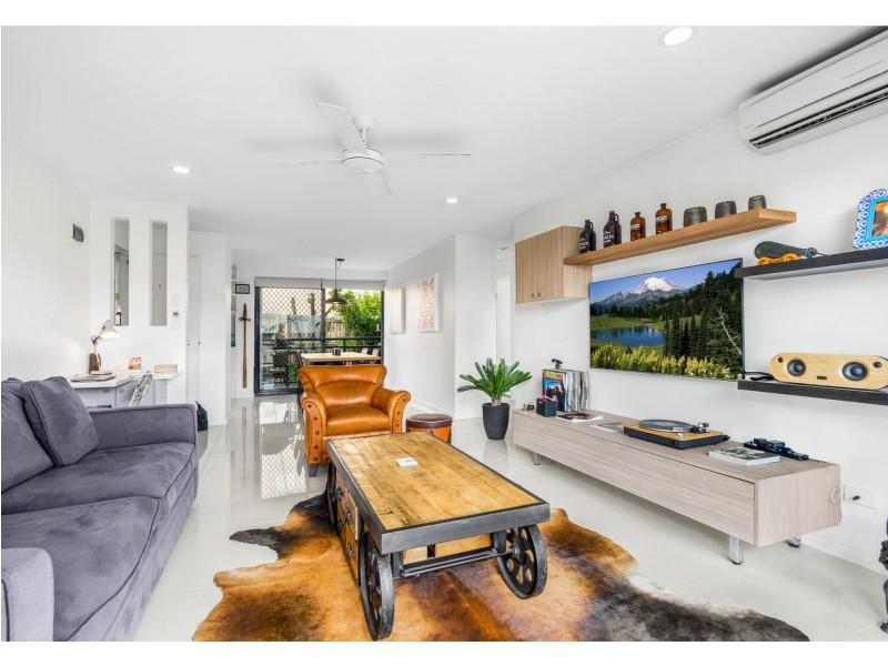 Unit 1/32 Agnes Street, Morningside QLD 4170