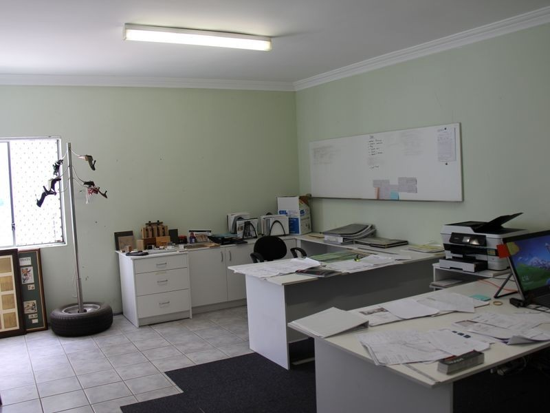 Unit 1/11 Saggart Field Road, Minto NSW 2566