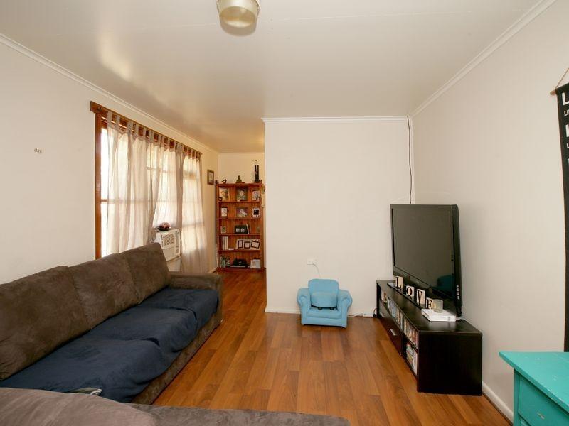 11 Madang Street, Ashmont NSW 2650