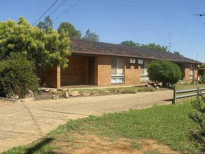 1/7 Wewak Street, Ashmont NSW 2650