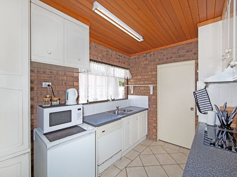 2/5 Nirvana Street, Long Jetty NSW 2261