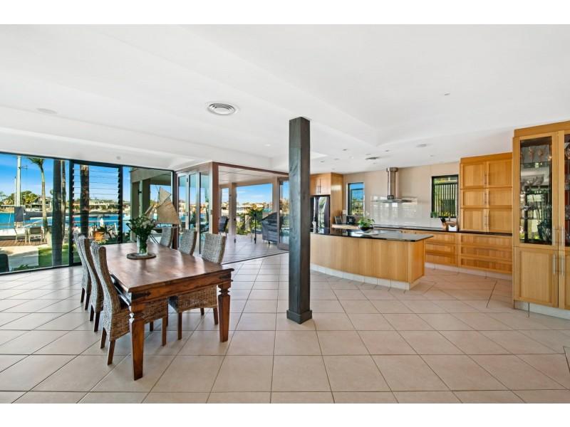 24 Culbara Street, Mooloolaba QLD 4557