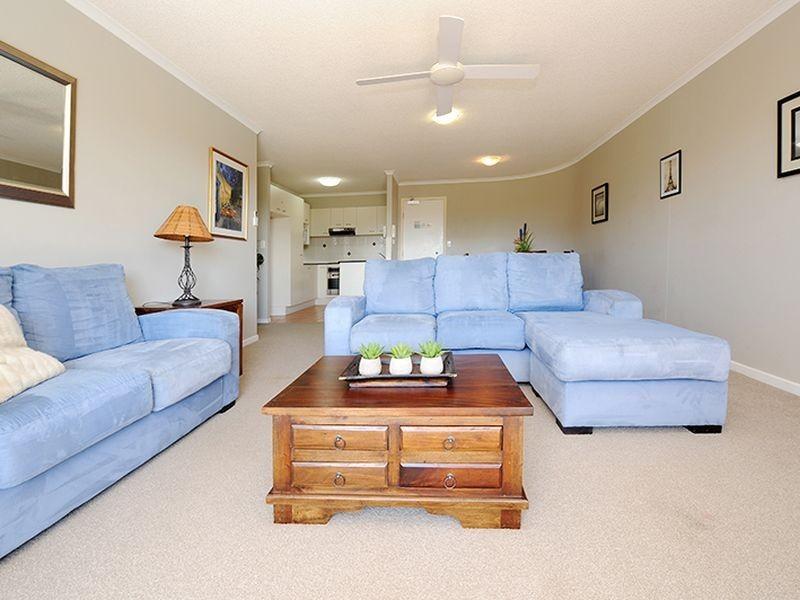 4/6 Mari Street, Alexandra Headland QLD 4572